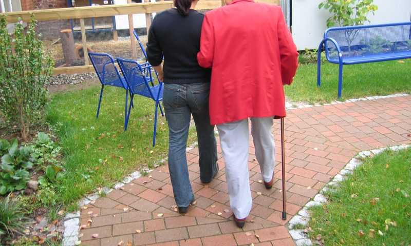 image - Active retirees may want to include travel costs in planning retirement budgets